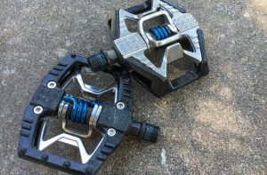 double-pedals-1-800x525-1-300x197