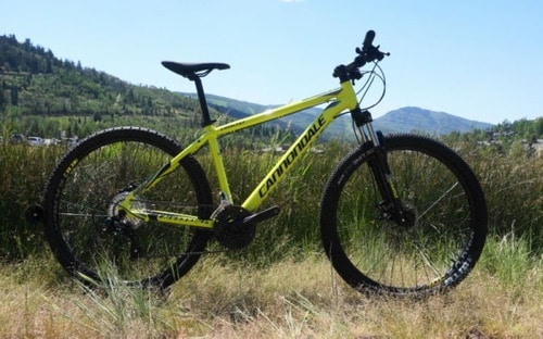 Cannondale Catalyst 4 on the road